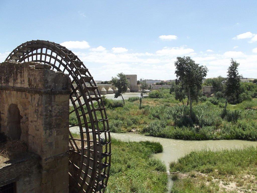 Molinos cerca del puente romano.