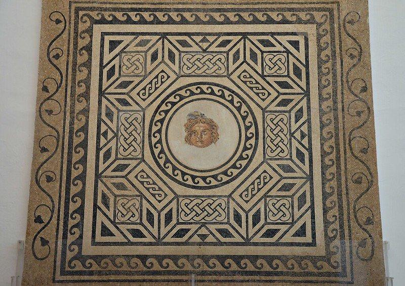 Mosaico de la exposición del Alcázar de Córdoba.