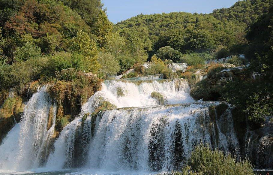 Vista de las cascadas, Parque Nacional Una