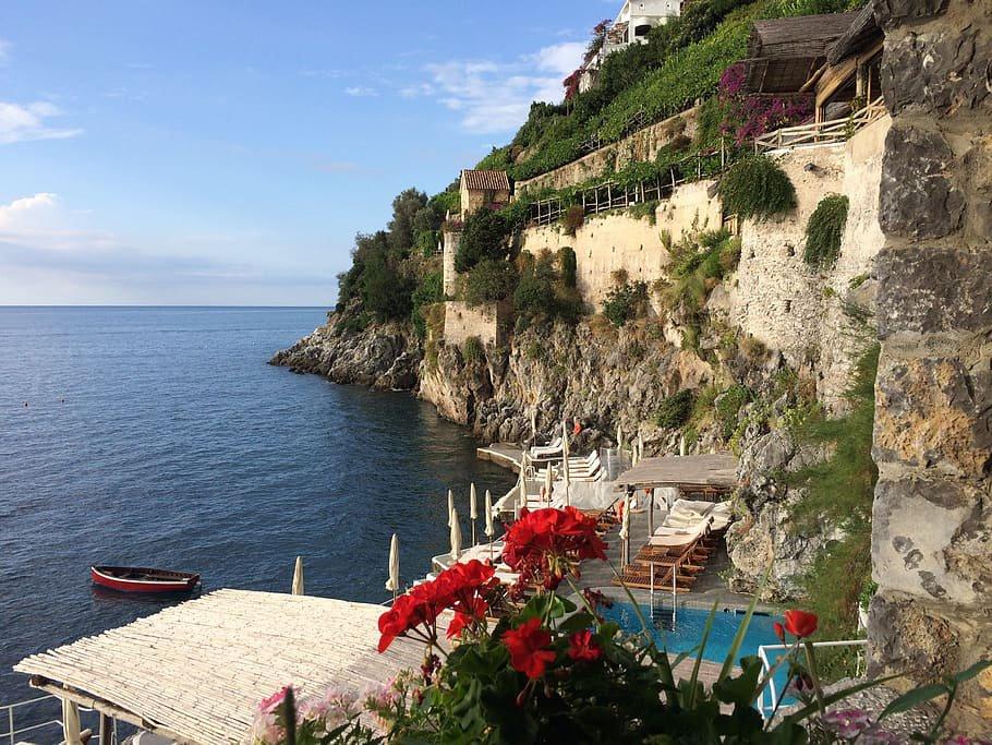 Vistas del mar Tirreno desde uno de los hoteles de Furore