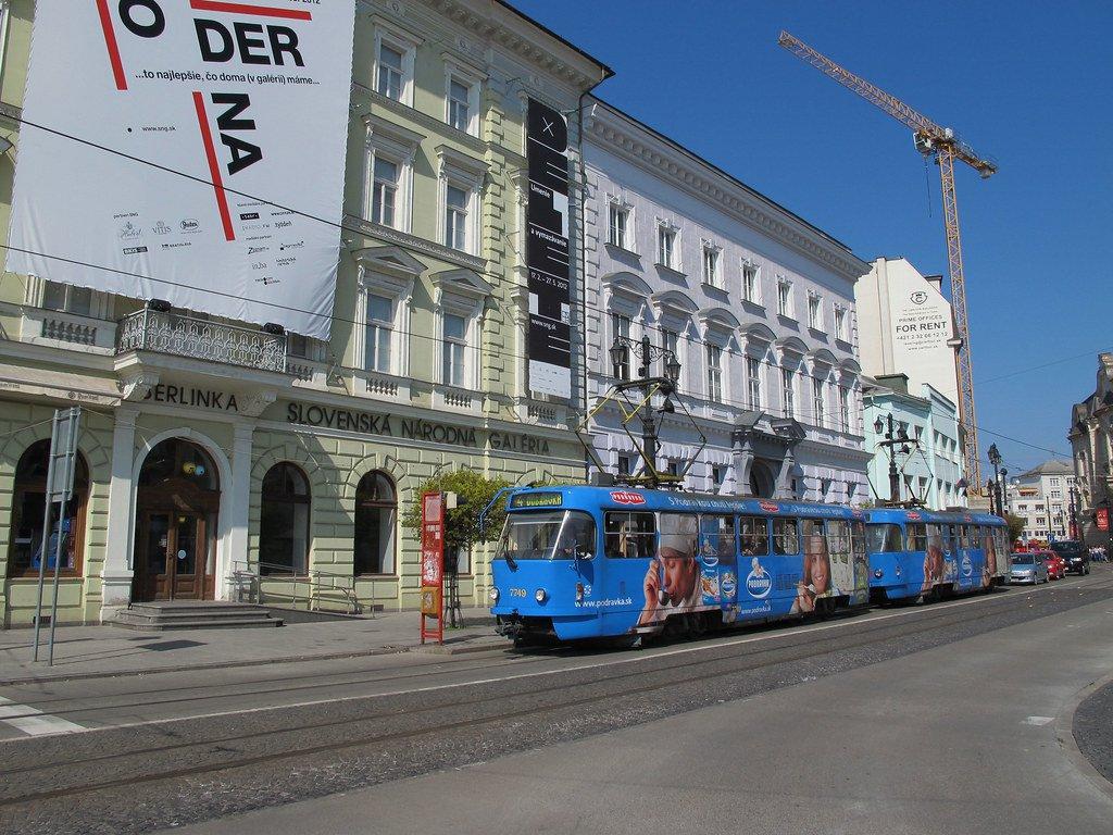 Imagen de un tranvía en Bratislava
