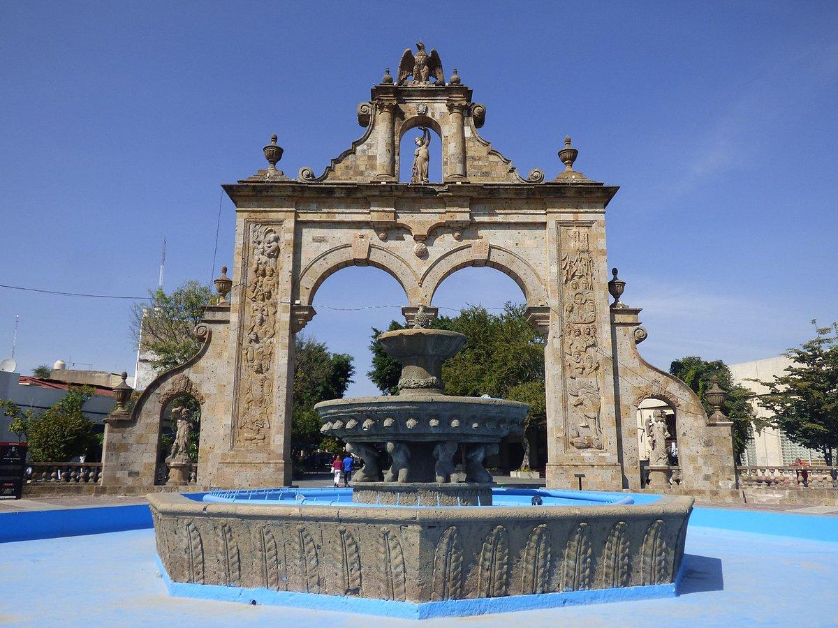 Monumento de Arcos de Zapopan en el Centro Histórico de la Ciudad