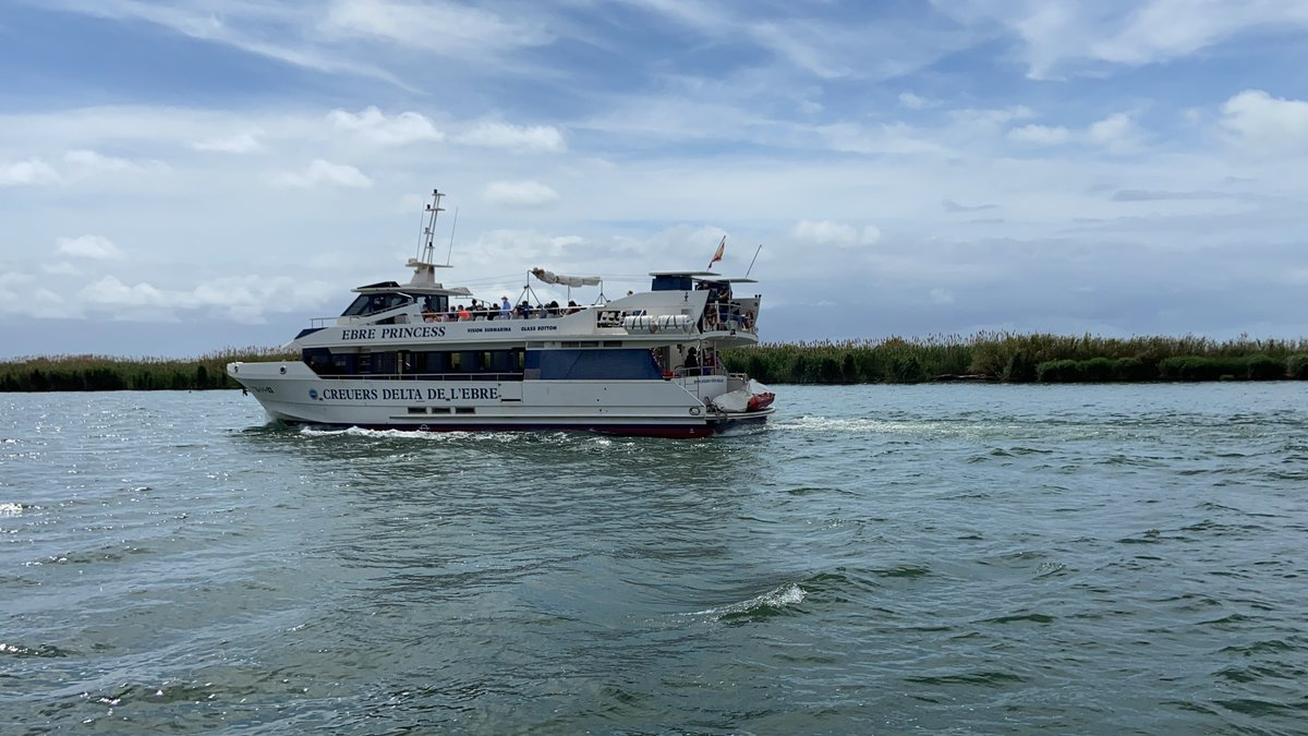 UNa de las embarcaciones de curceros del delta.