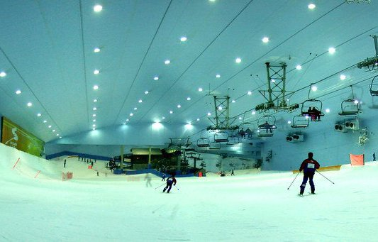 esquiar-en-dubai.jpg