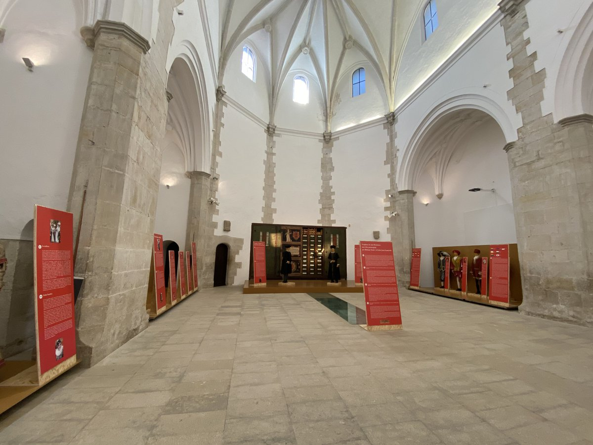 Exposición en la iglesia de Santo Domingo.