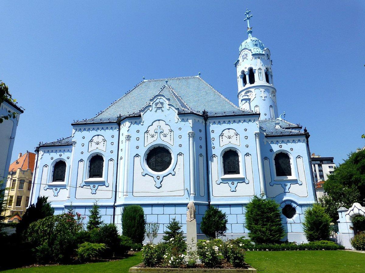 Santa Isabel de Hungría, la iglesia azul de Bratislava.