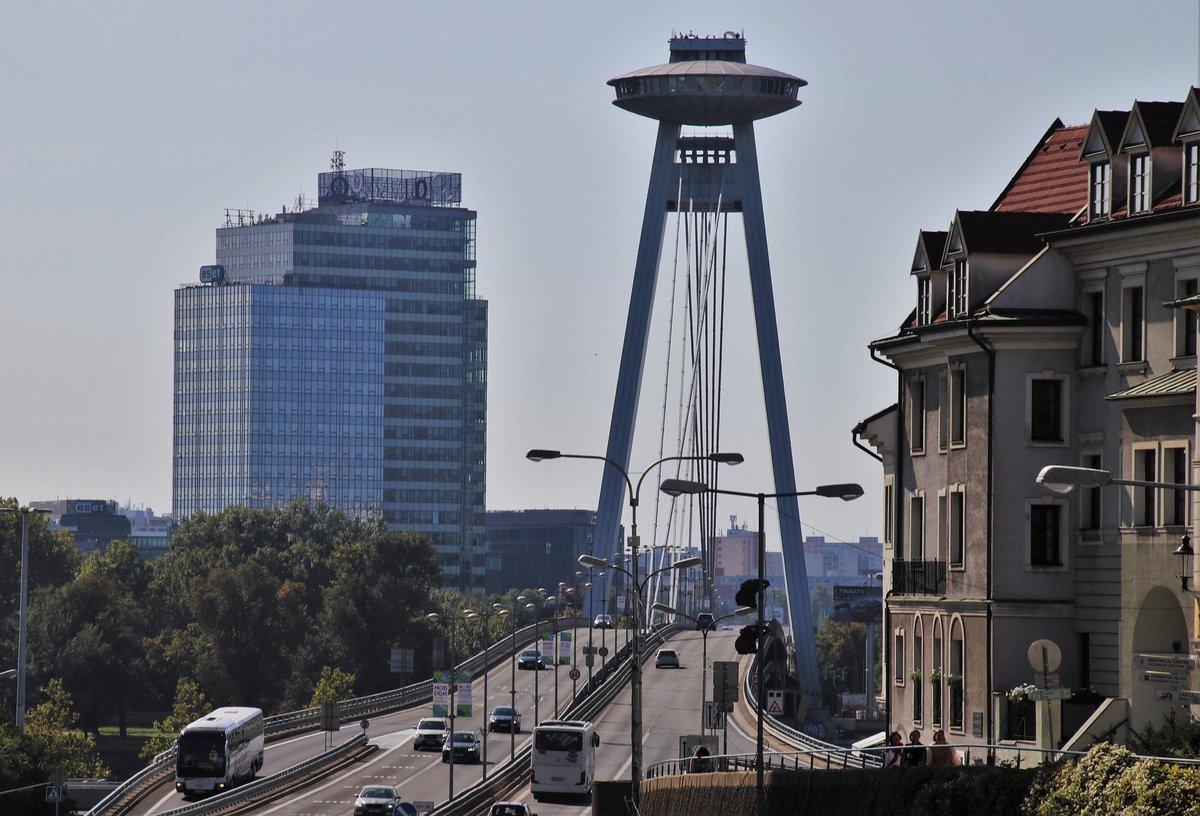 Restaurante y mirador UFO de Bratislava.